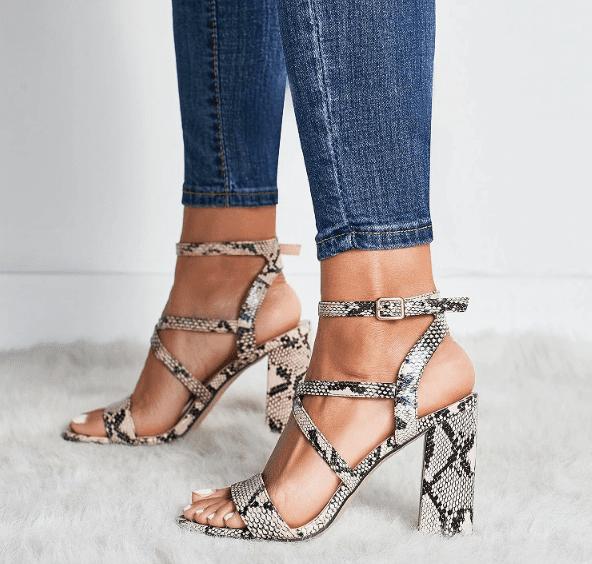 Sandales à talon imprimé python April